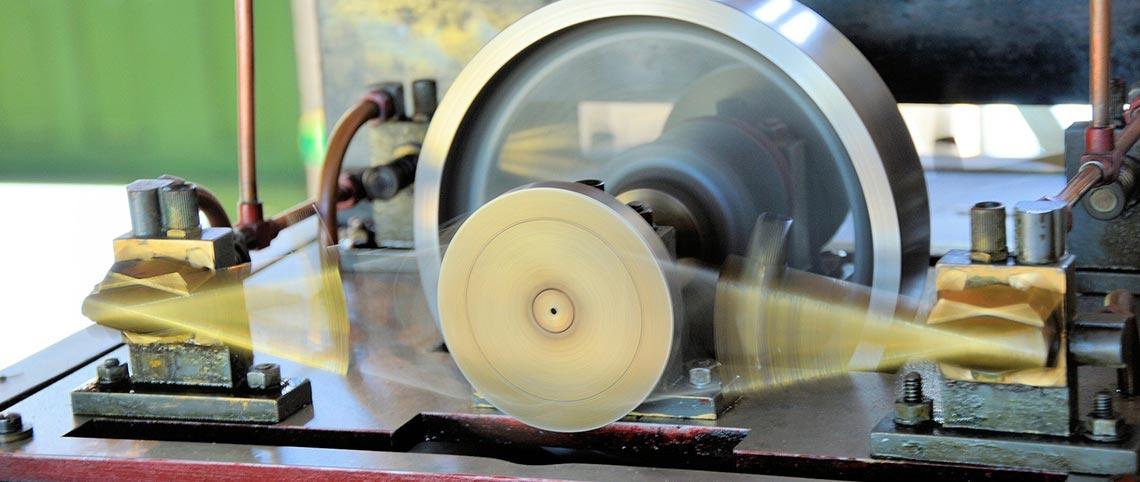 Náhradné diely pre obrábacie stroje
